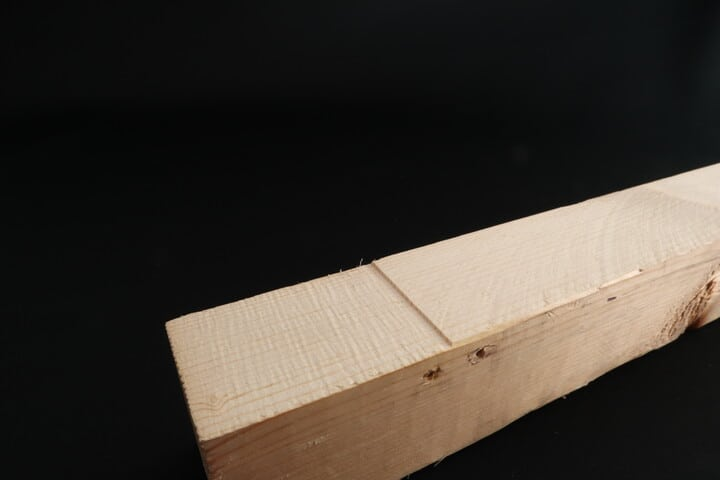 Cut surface quality of a band saw and a table saw