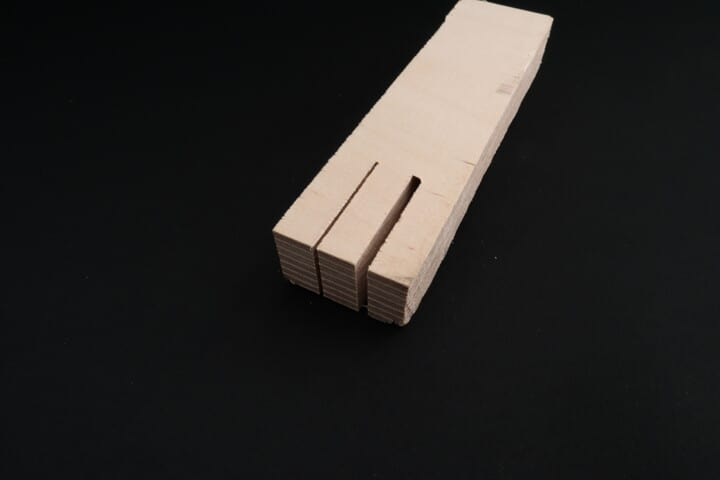 Kerfs of a band saw and a table saw