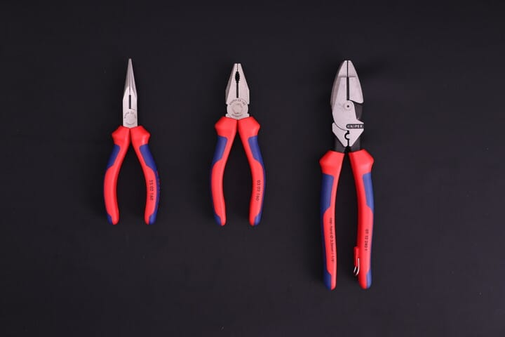 Gripping pliers which include cutting jaws: long nose pliers, combination pliers and Lineman's pliers