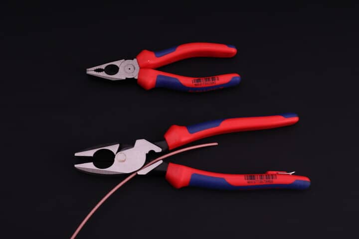Fish tape or wire puller in Lineman's pliers